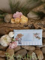Μπομπονιέρα βάπτισης χειροποίητη. Μπομπονιέρα βάπτισης αγόρι πορτοφολάκι, υφασμάτινο με θέμα floral χειροποίητο.