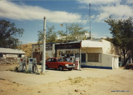 Hackberry General Store in 1991