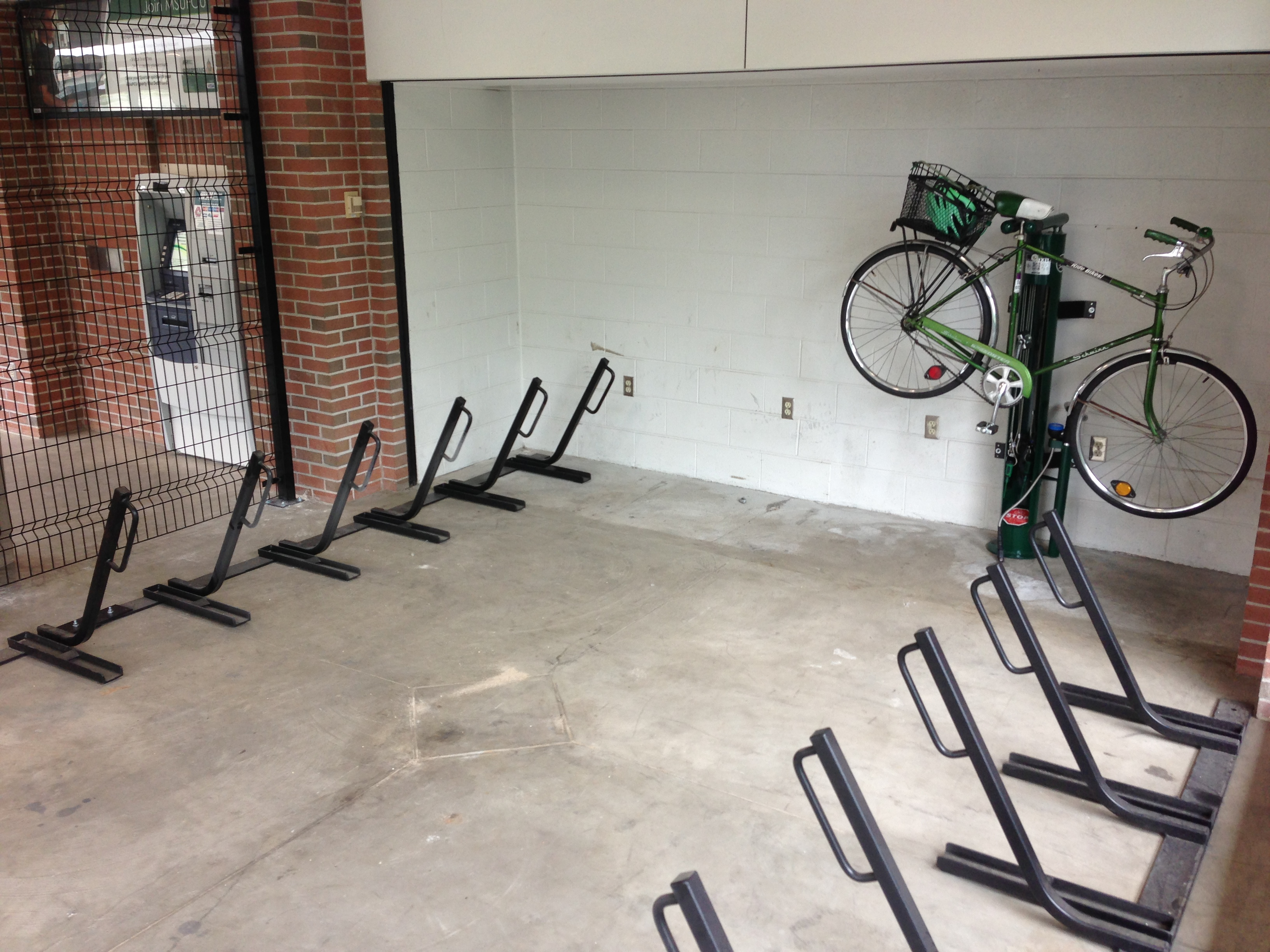 Parking Garage Bike Rack Secure Bike Parking Facilities On Campus Msu Bikes Blog