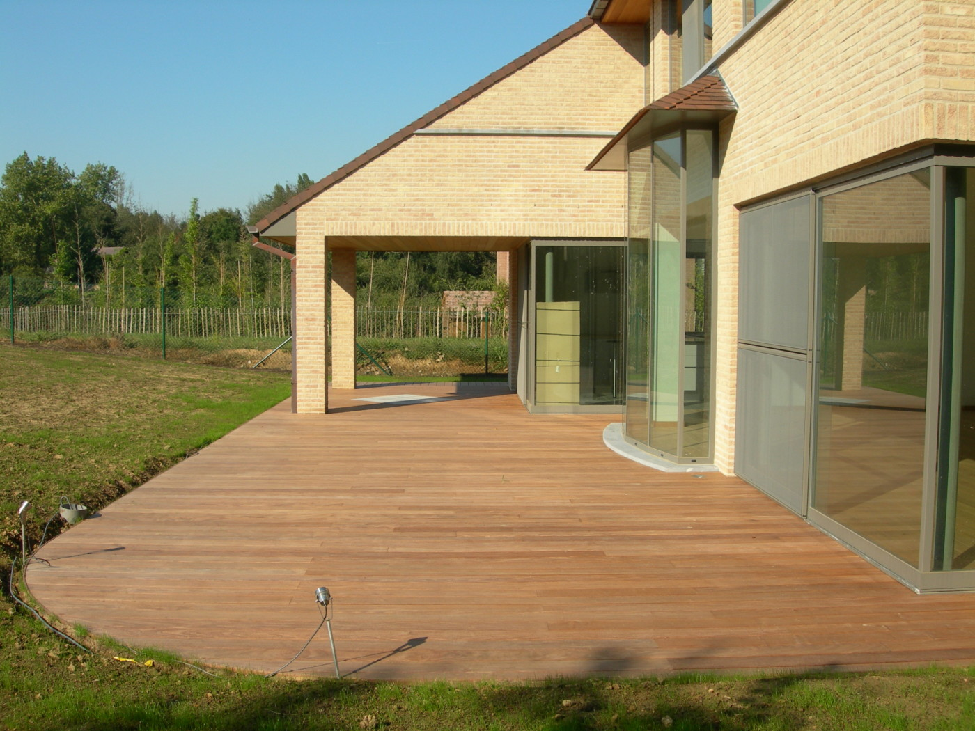 Latte Terrasse Bois Terrasses En Bois Arrondies Mt Design