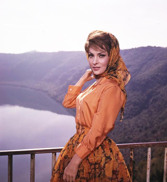 Самая красивая женщина 1960-х по прозвищу Большой Бюст — Джина Лоллобриджида Джина Лоллобриджида, актриса