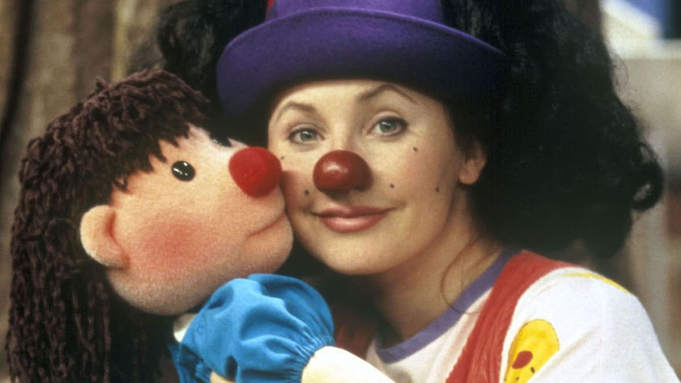 Big Couch Clown Here S What Loonette The Clown From The Big Comfy Couch Is