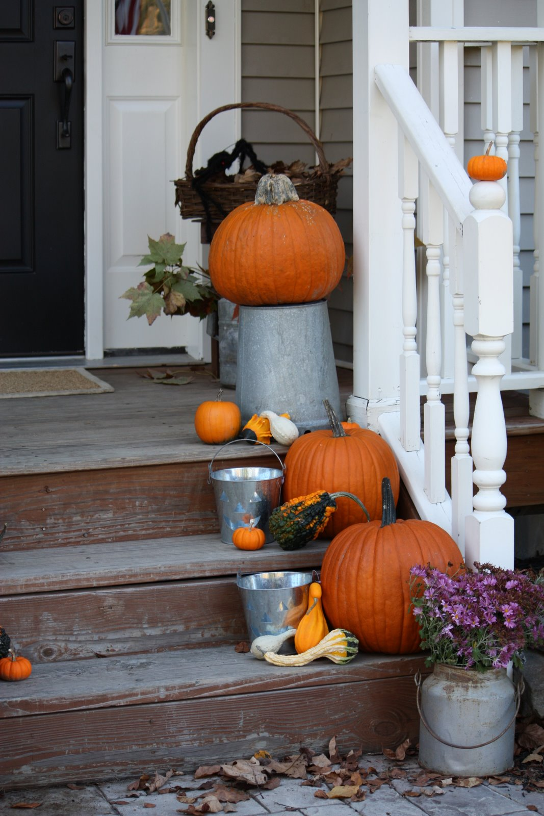Easy outdoor fall decorating ideas - Outdoor Fall Decorating Ideas