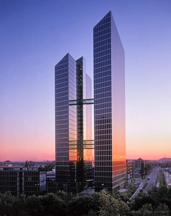 Vola Armaturen München Highlight Munich Business Towers - Muenchenarchitektur
