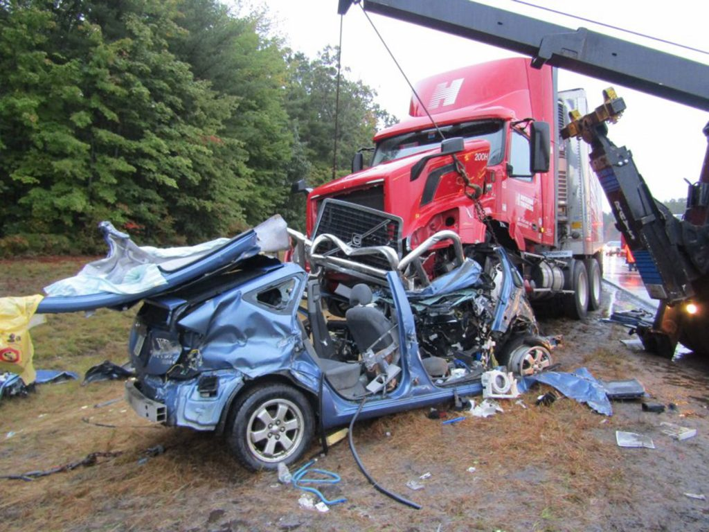 Injured In Accident Portland Man Seriously Injured In Crash On Maine Turnpike In Saco