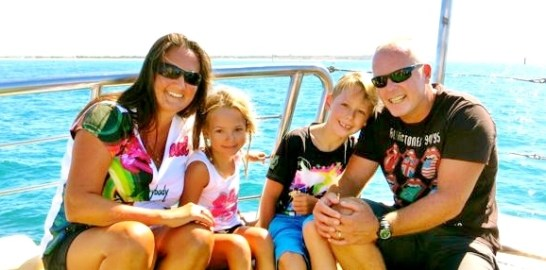 Family pic Boat trip (2)