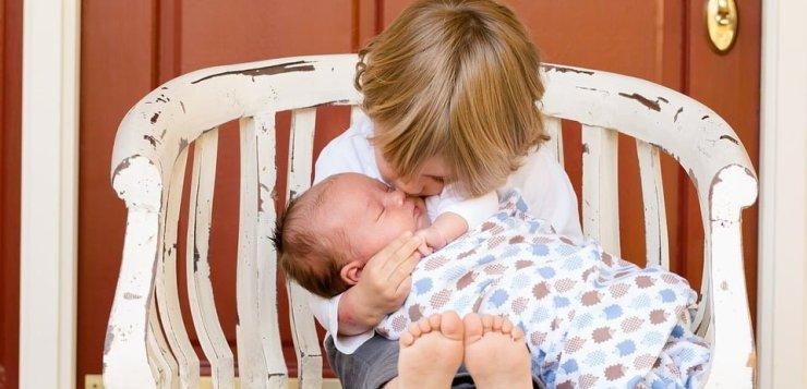 Spodziewasz się kolejnego dziecka? Te 3 rzeczy mogą ci się przydać!