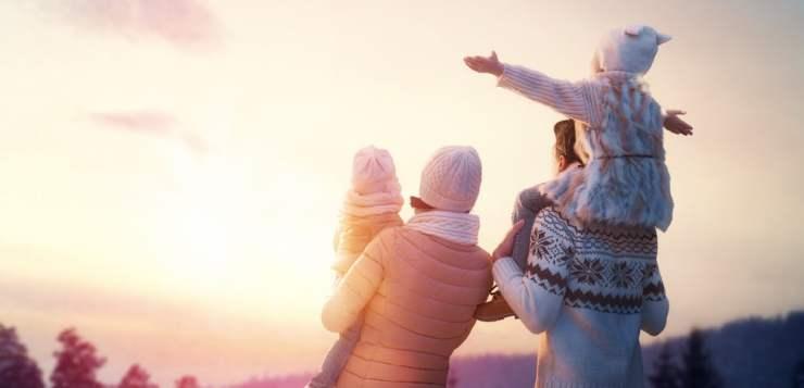 Jak przygotować się na zimowy wyjazd z dzieckiem?