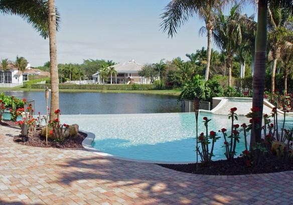 3515 pool-lake