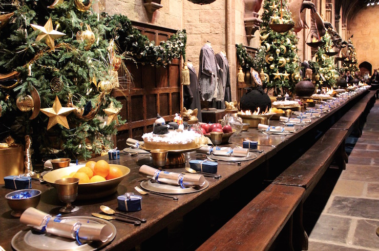 Great Hall Hogwarts, decorated for Hogwarts in the Snow at the Warner Bros Studio Tour. Copyright Gretta Schifano