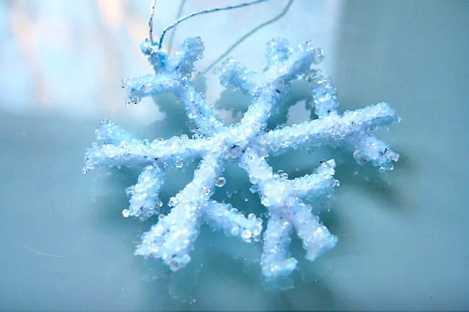 20 Frosty Snowflake Craft Ideas For Christmas Mum39s