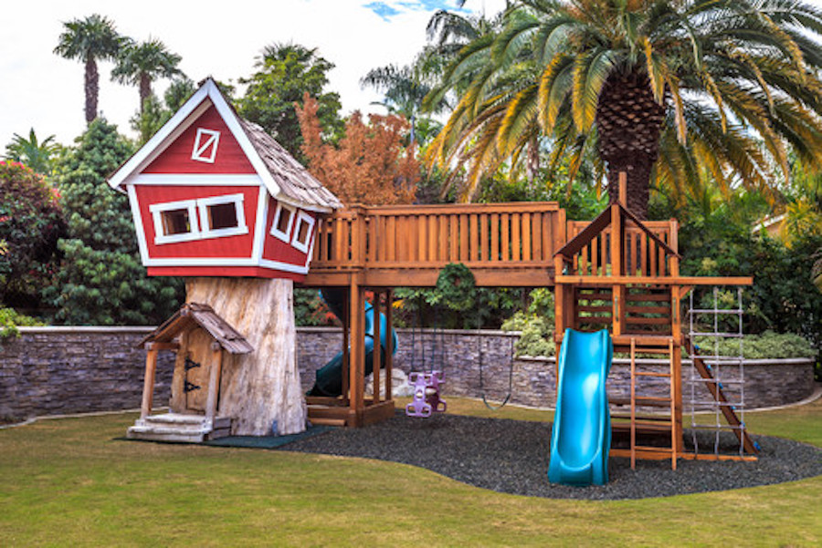 10 Fun Playgrounds and Treehouses For Your Backyard MunaMommy - home playground ideas