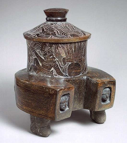 Incensario Maya 2, para ofrendas, foto odisea2008.com
