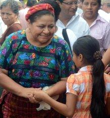 Dra. Rigoberta menchú Tum, en proselitismo político.
