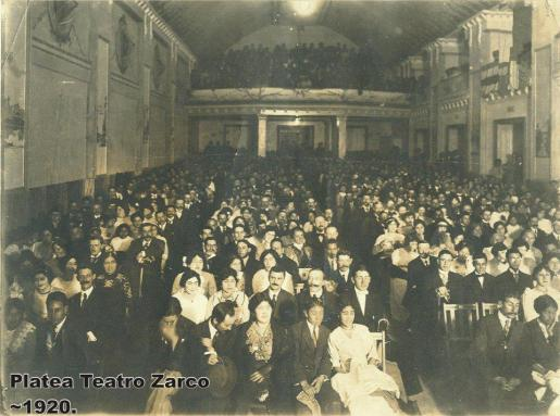 Interior del Teatro Zarco en 1920