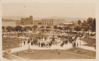 Parque central de la ciudad de Guatemala, aproximadamente en1936 - enviada por Axel J. Moreira