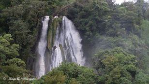 Cataratas en Santa María Nebaj, El Quiché - foto por Hugo Velásquez