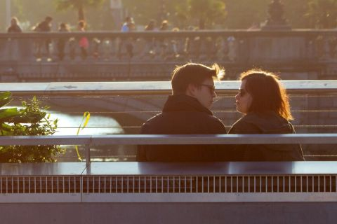 Como se comportar no primeiro encontro