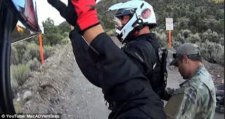 """394EEDD300000578-3832708-image-a-6_1476206117250 Esto Es Lo Que Pasa Cuando Usted Intenta Y Entra En La """"Secreta Puerta Trasera Del Area 51"""" En Nevada"""