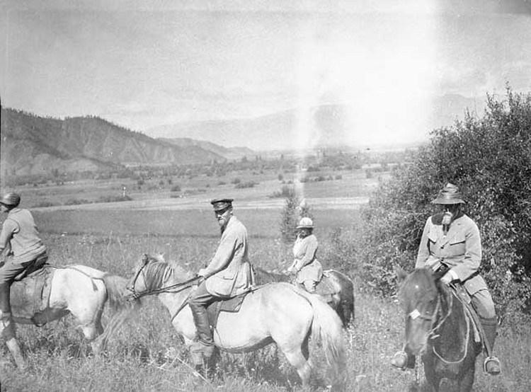Expedicion-patrocino-URSS-busca-Shambala-mitico-reino-tibetano La expedición patrocinada por la Unión Soviética en busca de Shambala, el mítico reino perdido tibetano