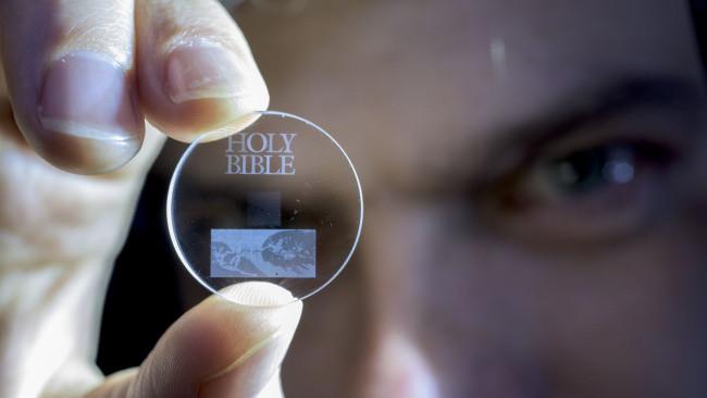 650_1200-4 Ciencia: El récord de almacenamiento de un disco duro es: 13.800 millones de años