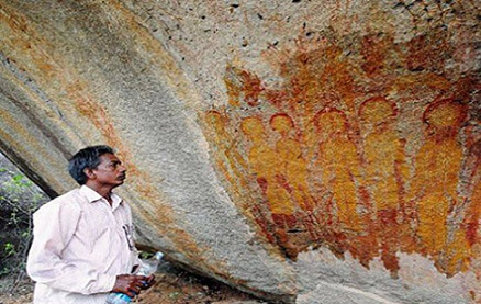 arqueologos-pinturas-de-extraterrestres-y-ovnis-que-datan-de-mas-de-10-000-anos-1 Arqueólogos: Pinturas de extraterrestres y ovnis que datan de más de 10.000 años.