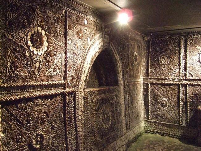 desktop-1433533664 Misterioso edificio subterráneo que desconcierta a todo el mundo