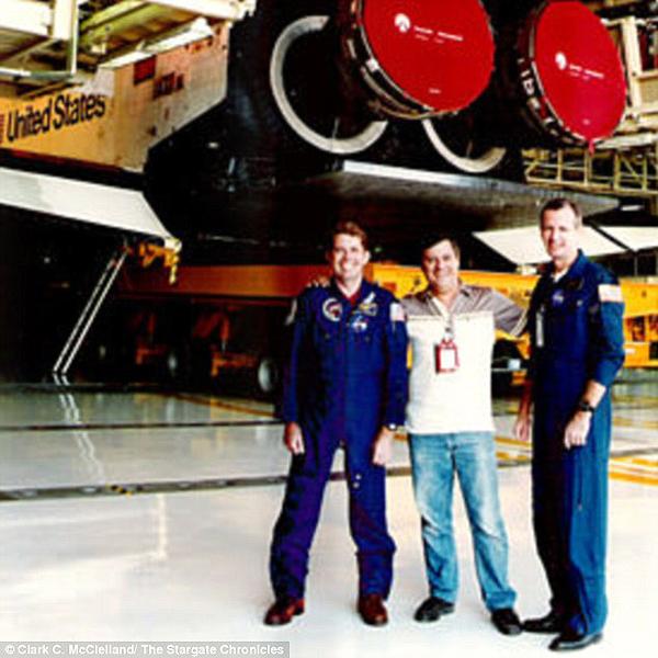 ex-operador-de-nasa-fui-testigo-de-un-encuentro-entre-astronautas-y-extraterrestres-altos-4 Ex operador de NASA: «Fui testigo de un encuentro entre astronautas y extraterrestres altos»