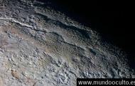 NASA descubre gigantescas «torres de hielo» en Plutón, de 500 metros de altura