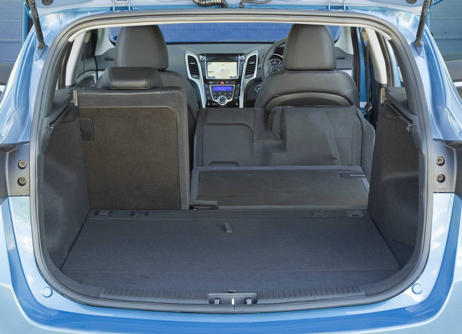 Hyundai I30 Wagon Interieur Hyundai I30 Wagon Review Exceptional Comfort Stylish Design