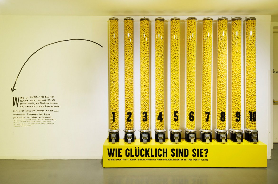Sieben Fragen An Compose Sofa Home Design Informationen Stefan Sagmeister The Happy Show Museum Angewandte Kunst
