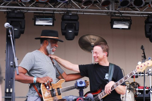 Kimo Williams (left) and Gary Sinise with Lt. Dan Band