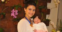 """Enquete """"Mamãe de 2011″, da Revista Caras, coloca Aline Barros entre as três primeiras"""
