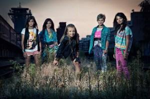 Dívčí skupina 5Angels na nejnovější promo fotografii