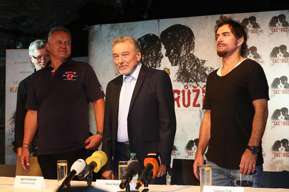 Egon Kulhánek, Karel Gott a Sagvan Tofi