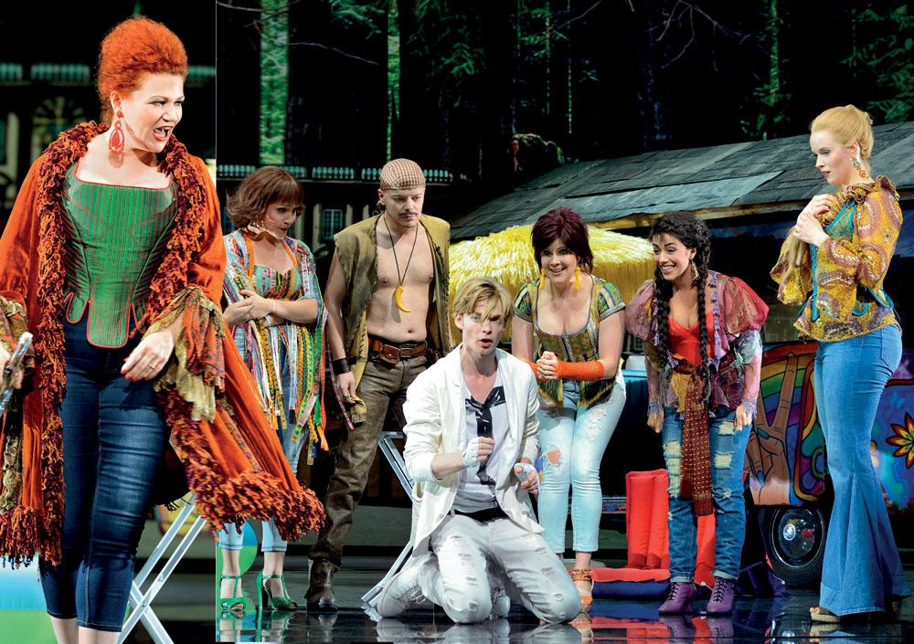 Mozart (Oedo Kuipers) v obklopení Weberovy rodiny