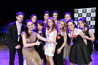 Patronka soutěže zpěvačka Kamila Nývltová s finálovou desítkou kateg. 15-26 let