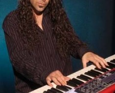 Michael T. Ross keyboard player