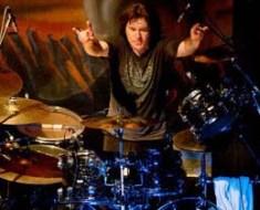 Simon Wright drummer