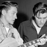Scotty Moore Dies at 84