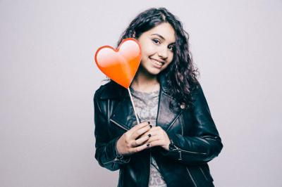 Alessia Cara To Song Your Beautiful Scars