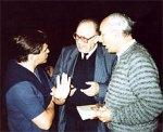 Nach der Orchesterprobe in Antwerpen: Emil Tchakarov im Gespräch mit  Prof. Hartmut Schmidt und Kunibert Jung 14.6.1^985