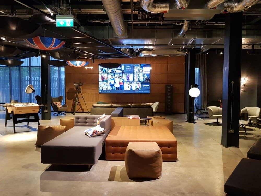 2018 Travel Destinations Cheap Moxy Heathrow Hotel Review The New Millennial Place To Go