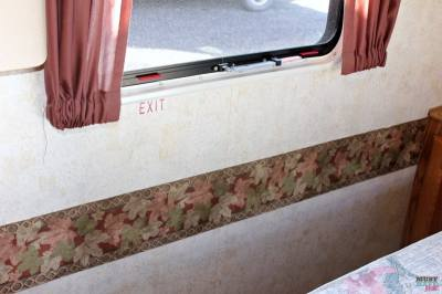 How To Remove Wallpaper Border in an RV - Must Have Mom