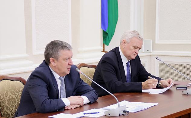 Глава Карелии Александр Худилайнен и спикер республиканского парламента Владимир Семенов. Фото: gov.karelia.ru