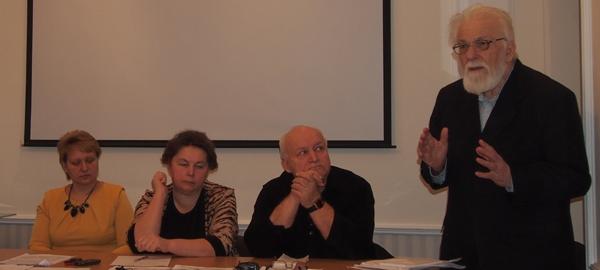 Пресс-конференция общественников о ситуации вокруг реставрации Преображенской церкви. Декабрь 2014 года. Фото: Валерий Поташов