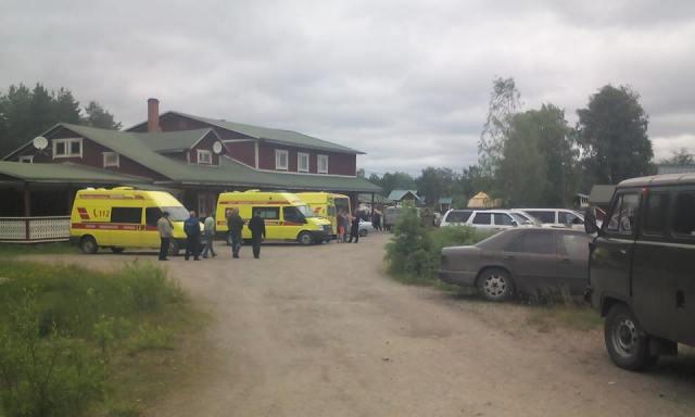 Спасательная операция на Сямозере. Фото: ГУ МЧС РФ по РК