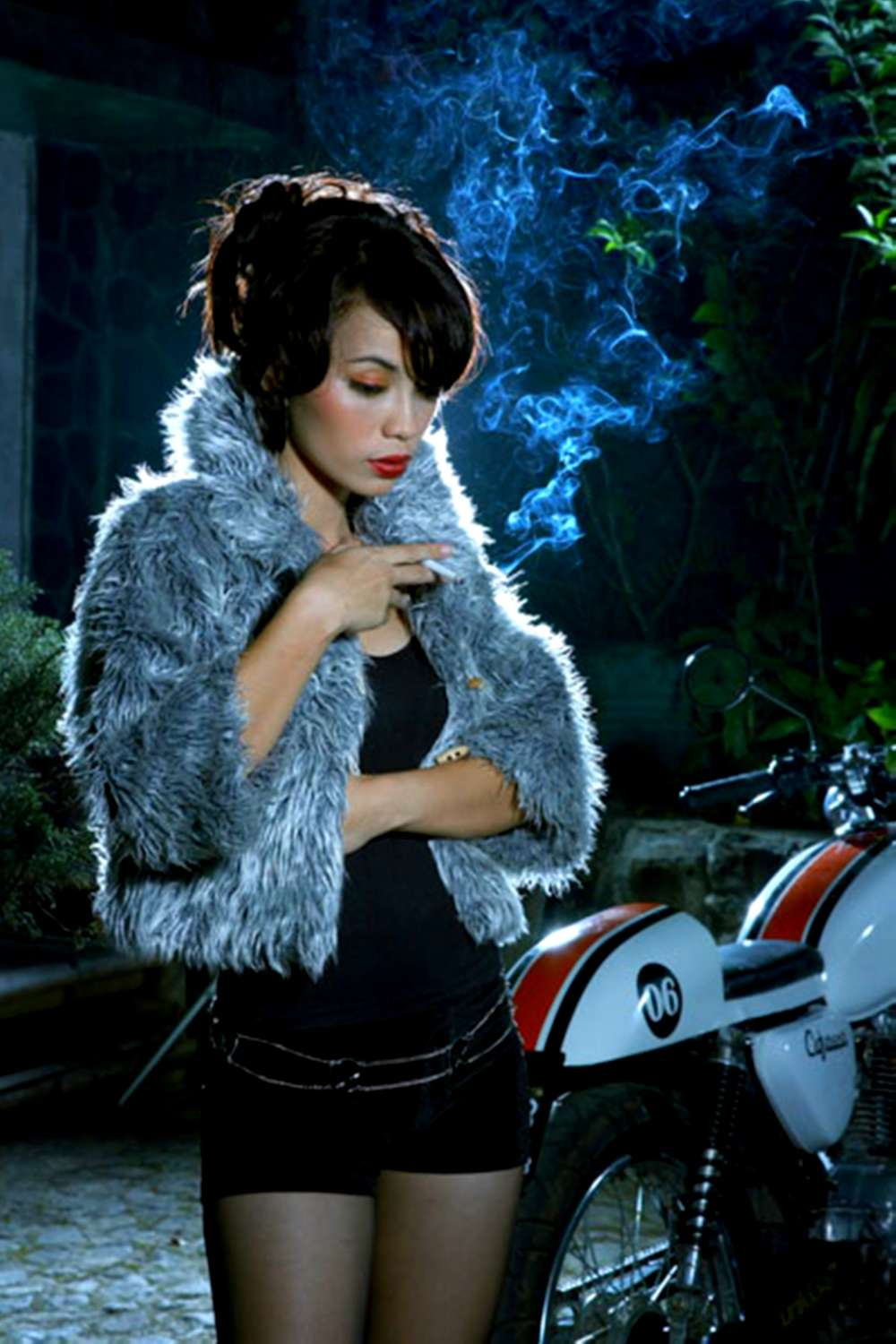Cafe Racer Girl Wallpaper Cafe Racer Mutantmoto