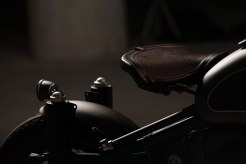 BMW-R80-BY-ER-MOTORCYCLES-seat