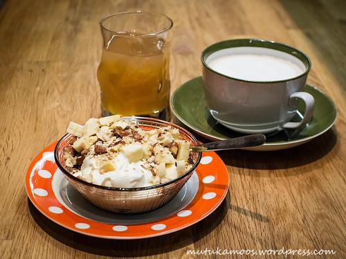 laste hommikusöök jogurt1-001